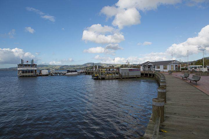 The Clearest Lake In The World (NZs best secret spots